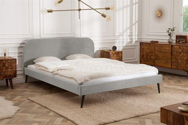 LuxD Manželská posteľ Lena 140 x 200 cm - strieborný zamat
